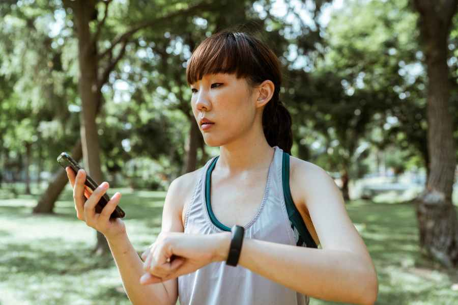 Why are Fitness Tracker so Popular? And Do You Need One?